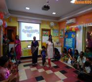 leading-daycare-celebrating-teachers-day-07