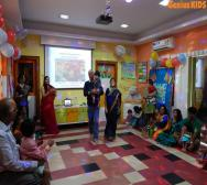 leading-daycare-celebrating-teachers-day-10