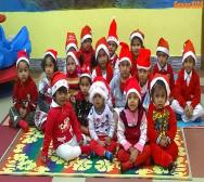 kindergarten-playschool-celebrating-christmas-06