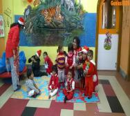 kindergarten-playschool-celebrating-christmas-14
