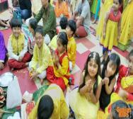 montessori-playschool-celebrating-saraswati-puja-in-kolkata-04