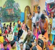 montessori-playschool-celebrating-saraswati-puja-in-kolkata-05