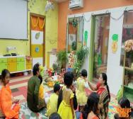 montessori-playschool-celebrating-saraswati-puja-in-kolkata-08
