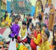 montessori-playschool-celebrating-saraswati-puja-in-kolkata-09