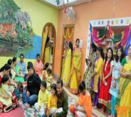 montessori-playschool-celebrating-saraswati-puja-in-kolkata-11